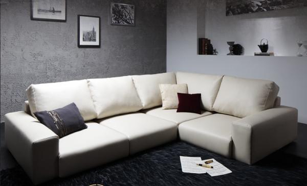白いフロアコーナーソファ