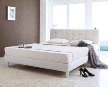 ホワイト高級レザー・大型ベッド【Strom】シュトローム