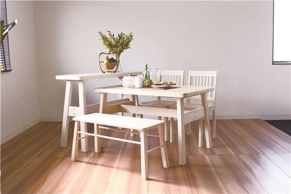 白いチェアのダイニングテーブル【BERG】ベルク