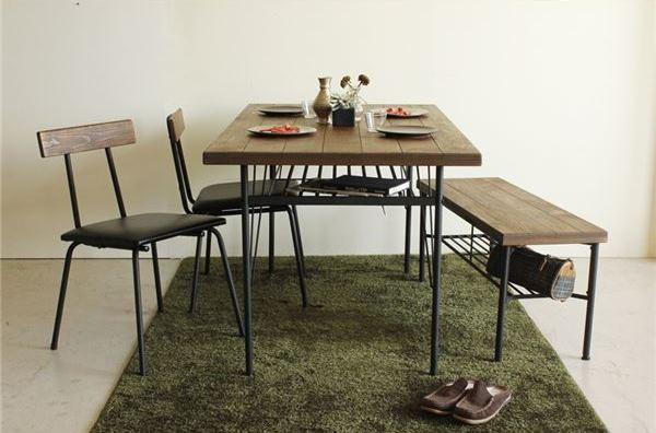 パインブラックスチールデザインダイニングテーブル
