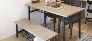 天然木パイン材ダイニングテーブル