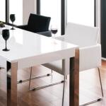 コーディネート家具 モノトーンのダイニングテーブル