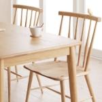 万能家具 ナチュラルカラーのダイニングテーブル