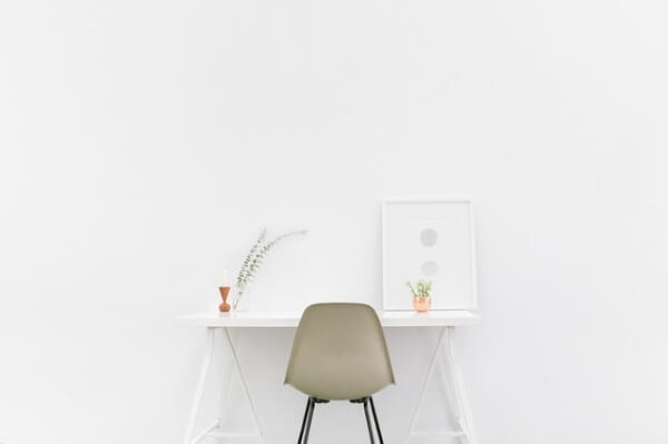 コンパクトな家具