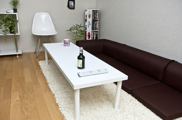 ホワイトフリーローテーブル