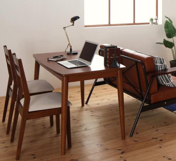 ソファ+ダイニングテーブルのレイアウト例