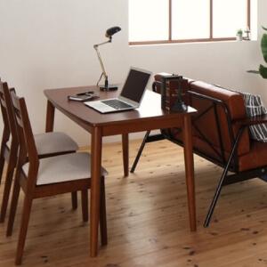 長方形テーブルとソファのレイアウト