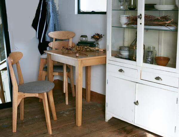 デッドスペースのテーブルレイアウト例