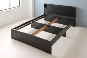 ベッド下のクロス構造