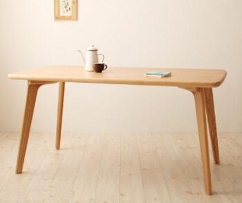 ダイニングテーブル4本脚