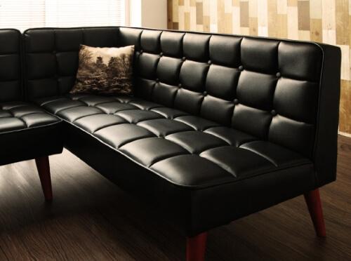 黒のソファ