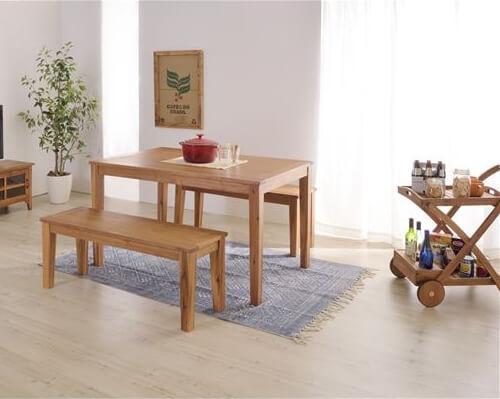 木製ダイニングテーブル『アルンダ』