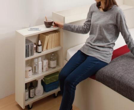 本棚付きベッドの本棚をサイドテーブルに