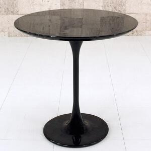 ラウンドブラックテーブル